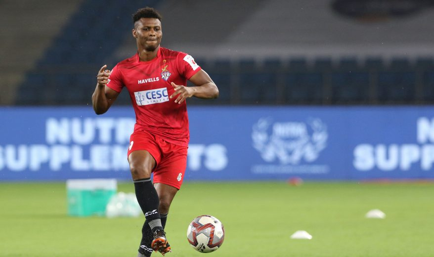 Jamshedpur Kalu Uche of ATK practise before the start of the match 10 of the Hero Indian Super League 2018 ( ISL ) between Delhi Dynamos FC and ATK held at Jawaharlal Nehru Stadium, New Delhi, India on the 17th October 2018 Photo by: Vipin Pawar /SPORTZPICS for ISL