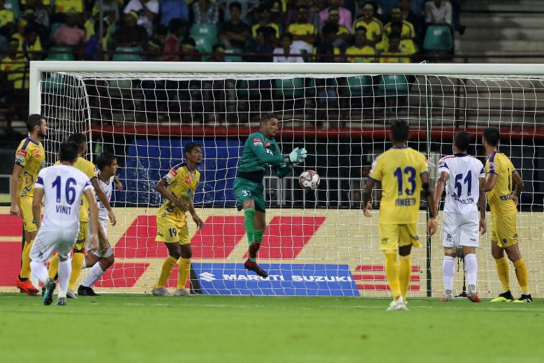 Naveen Kumar of Kerala Blasters FC saves a goal during match 13 of the Hero Indian Super League 2018 ( ISL ) between Kerala Blasters FC and Delhi Dynamos FC held at Jawaharlal Nehru Stadium, Kochi, India on the 20th October 2018 Photo by: Vipin Pawar /SPORTZPICS for ISL