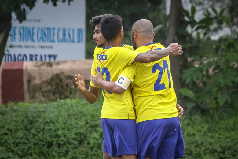 Maryland United come from behind to snatch a late win off Kajupada FC, while in group B, Tiger Sports in strong contention for semi-final after a draw