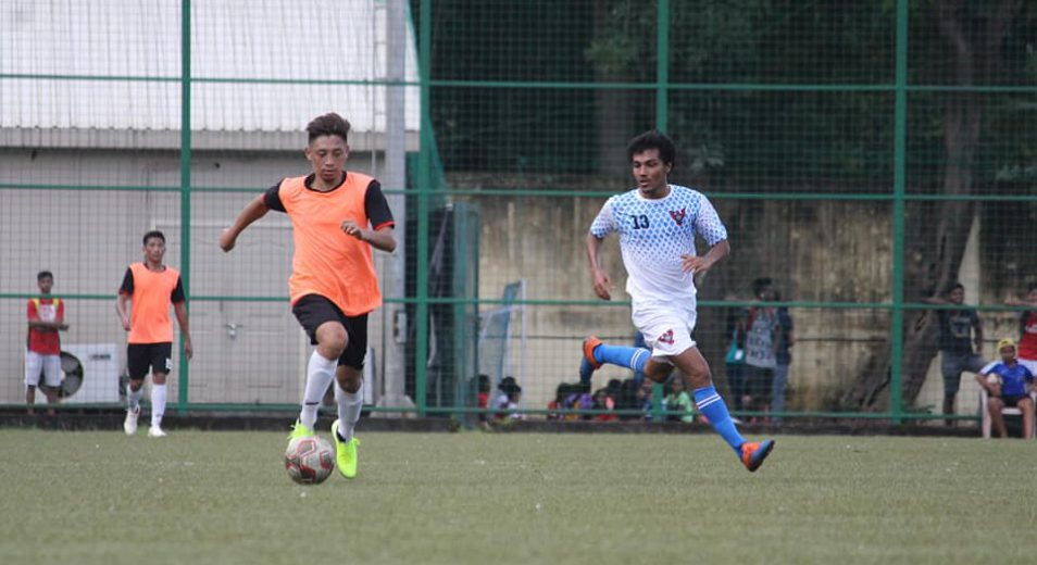 Mumbai, August 23: Profligate KSA go down 1-2 to Century Rayon while Customs sneaked past Bank of Baroda with a solitary goal win