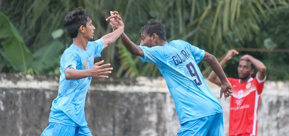 Services down a spirited Daman & Diu side by a 2-0 margin while in another game, Gujarat came from a goal down to beat Lakshadweep 3-1.