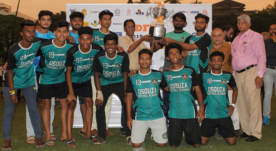 In the 2019-2020 season finale encounter of Rustomjee-MDFA 3rd Division, Dsouza FA outclass Jeevies FC 3 - 1 on penalties to lift the title.