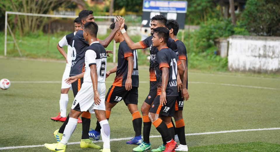 Corps of Signals were reduced to 10 men in just the 9th minute after goalkeeper Vikramjit Singh was given the marching orders for a foul in 1-on-1 situation