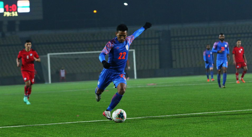 There are very few Indian families where children are encouraged to pursue a professional career in sports, let alone football. Seiminlen Doungel, who is the eldest among nine siblings in his family, faced the same struggle
