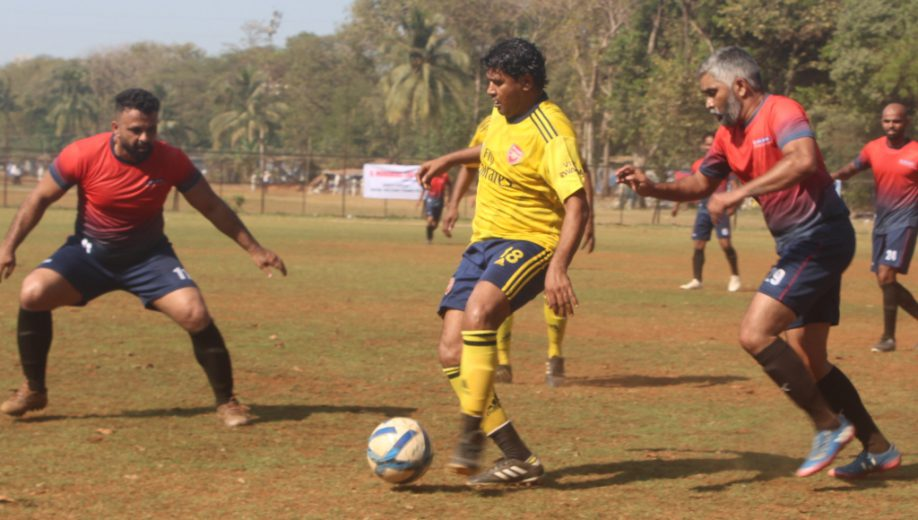 Bandra Packers dished out a fine attacking performance & made a positive winning start with a fluent 3-0 win against ABC Malad in a Group B league match